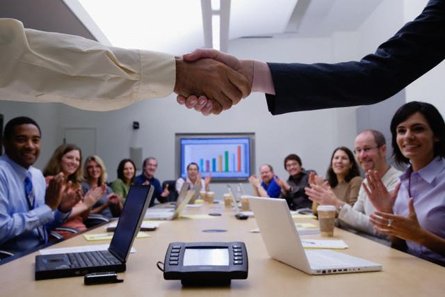 Paper: Was Behavioral Economics-Ansätze im Personalwesen bewirken können