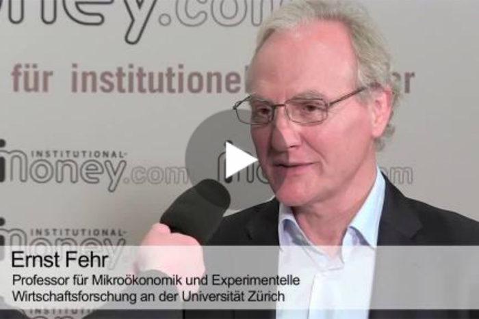 """Interview mit Ernst Fehr: """"50 Prozent der Anleger handeln unvernünftig"""" (Video)"""