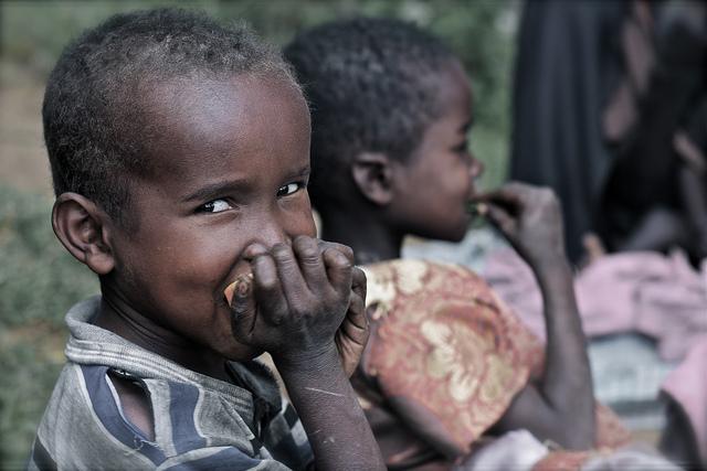 Versuch in Kenia: Finanzielle Hilfe ohne Bedingungen stärkt Selbstbewusstsein und Konsumbereitschaft