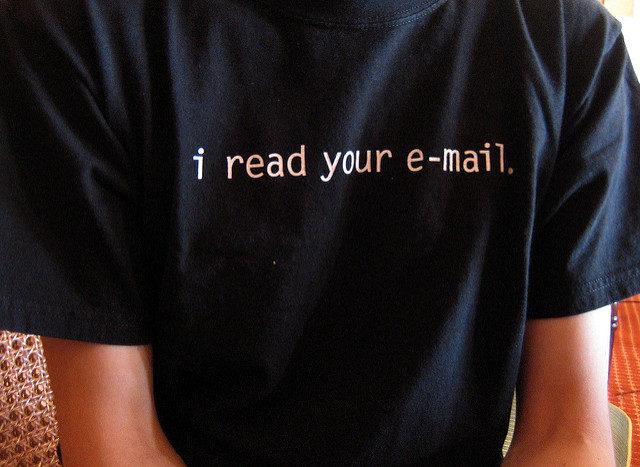 Warum zu viele E-Mails unglücklich machen – und welche Strategien dagegen helfen