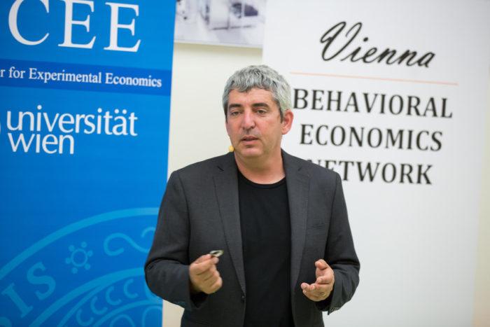 """Uri Gneezy beim """"Vienna Behavioral Economics Network"""": """"Wer die Wirkung von Incentives versteht, kann sie viel besser machen"""""""