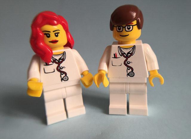 Warum blindes Vertrauen in die Meinung von Ärzten nicht immer gesund ist