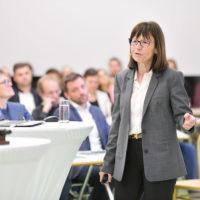 """Marie Claire Villeval: """"Erfolgreiches Teamwork braucht Leadership"""""""