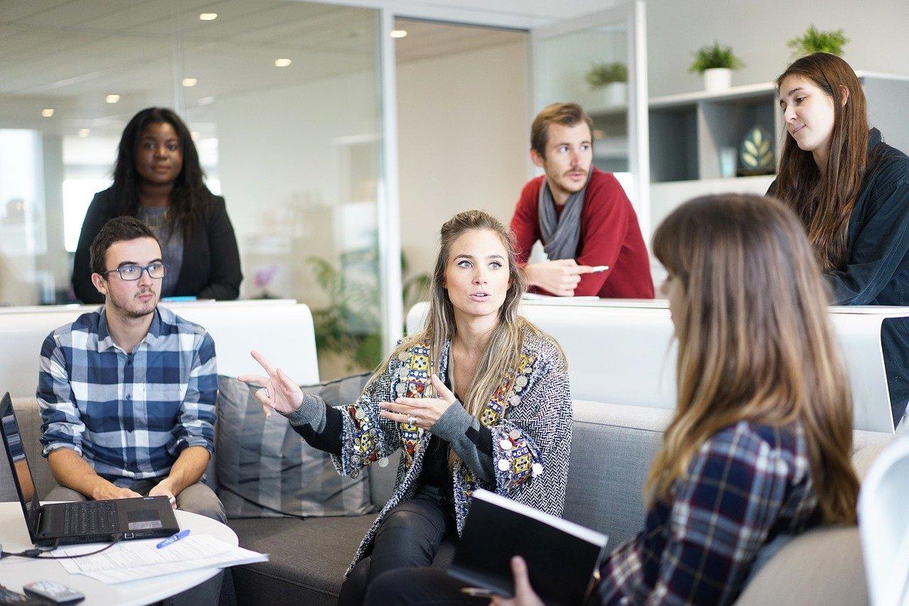 Genauigkeit und Ähnlichkeit: Wer trifft in ExpertInnen-Gruppen die besten Entscheidungen?