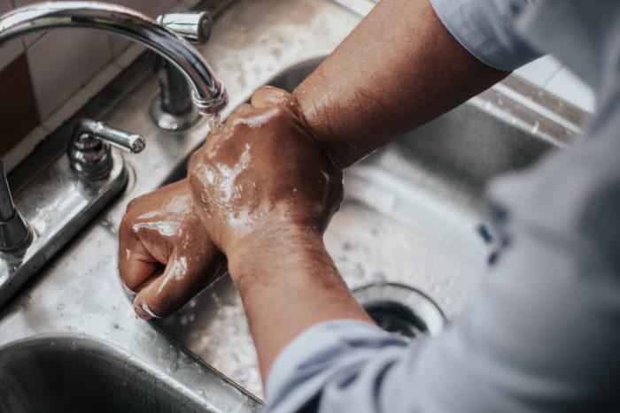 Ganzheitlicher Ansatz: Warum Händewaschen nicht ausreicht, um den Corona-Virus zu besiegen